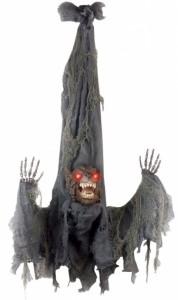 werewolf-halloween-hanging