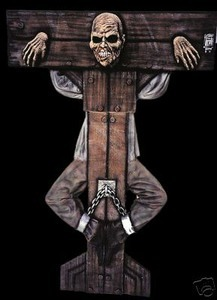 grimlock-halloween-hanging