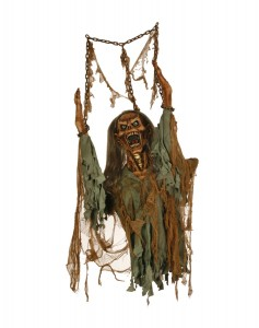 halloween-rotted-corpse-hanging