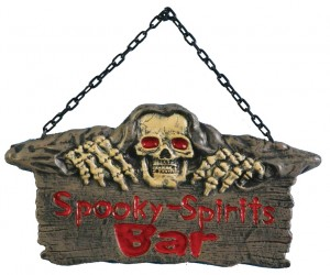 spooky-bar-halloween-hanging